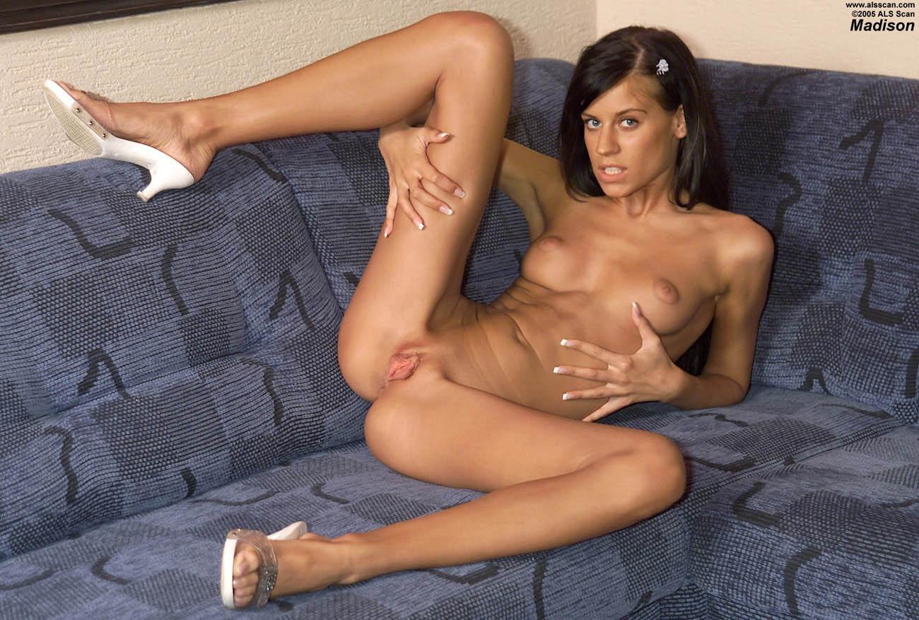 Индийские целки порно фото 334-646