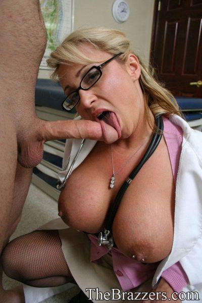Порно фото водонаевой